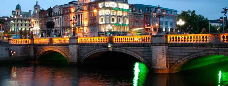 IRLANDA _______________________________ ____REINO UNIDO E IRLANDA____