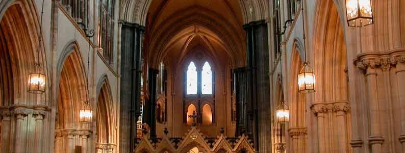 IRLANDA: LAS HUELLAS DE SAN PATRICIO _______________________________ ____________EUROPA____________